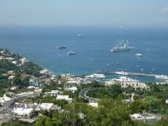 blick-auf-den-hafen-von-capri