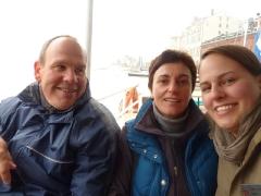 Wir bei der Bootsfahrt durch die Schären