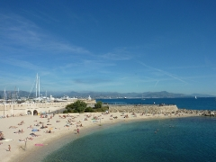 badebucht-in-antibes