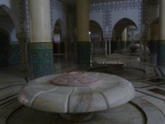 waschraeume-unter-der-moschee